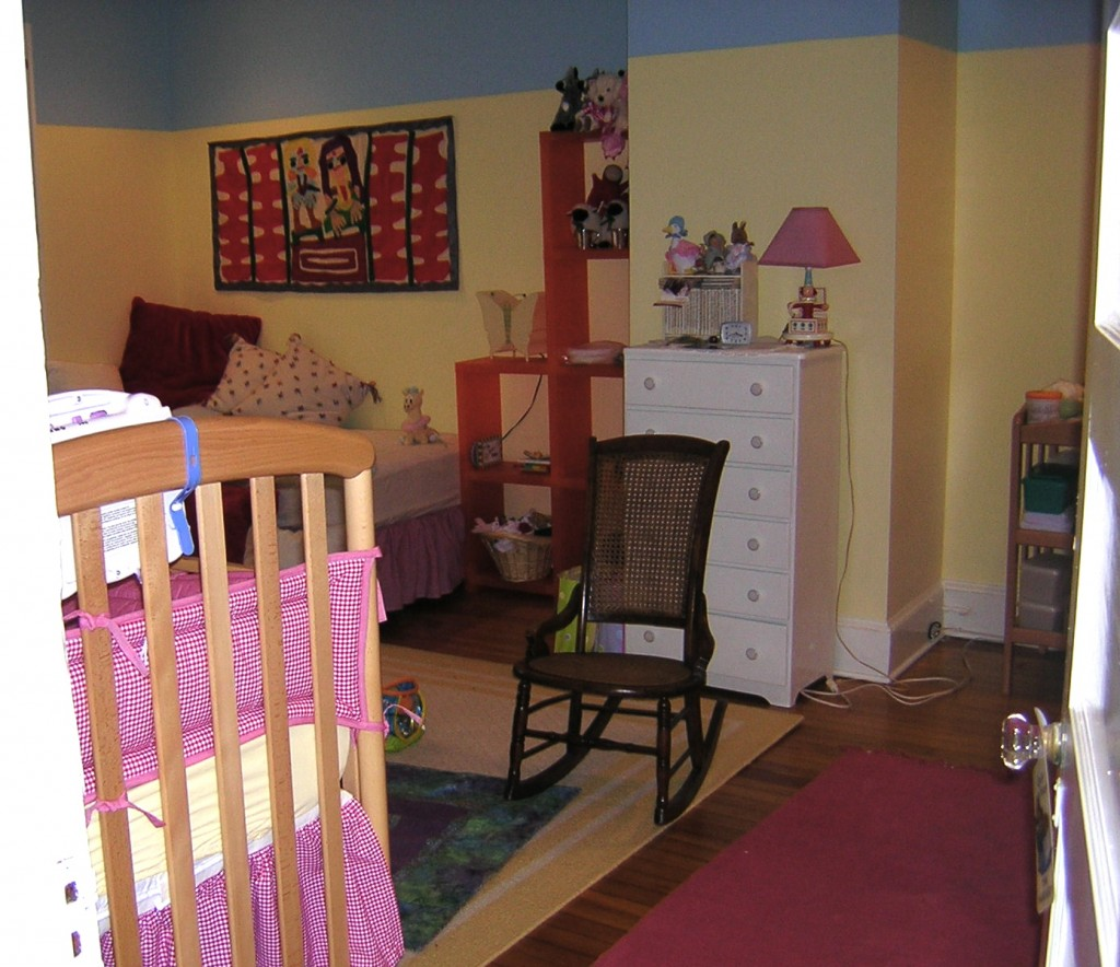 Yellow and blue kids' room