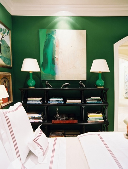 Pantone's color of the year 2013: Emerald Green, as seen in a bedroom