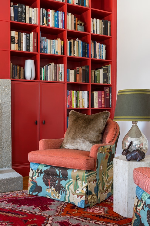 Red reading room, design by bossy color