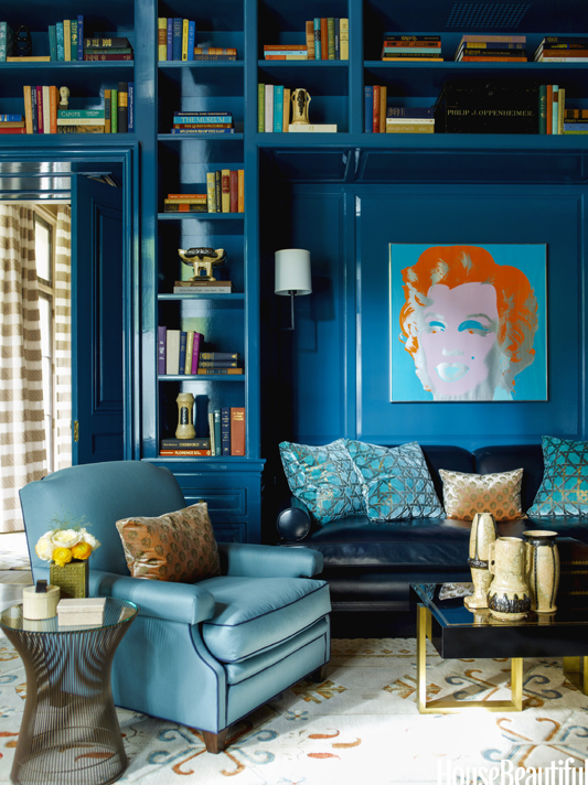 Black and blue and brass 2014 39 s edgy color combo for Edgy living room ideas